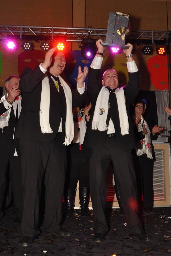 Yes, Krantenwisseltrofee 2012 naar Dierdonk.